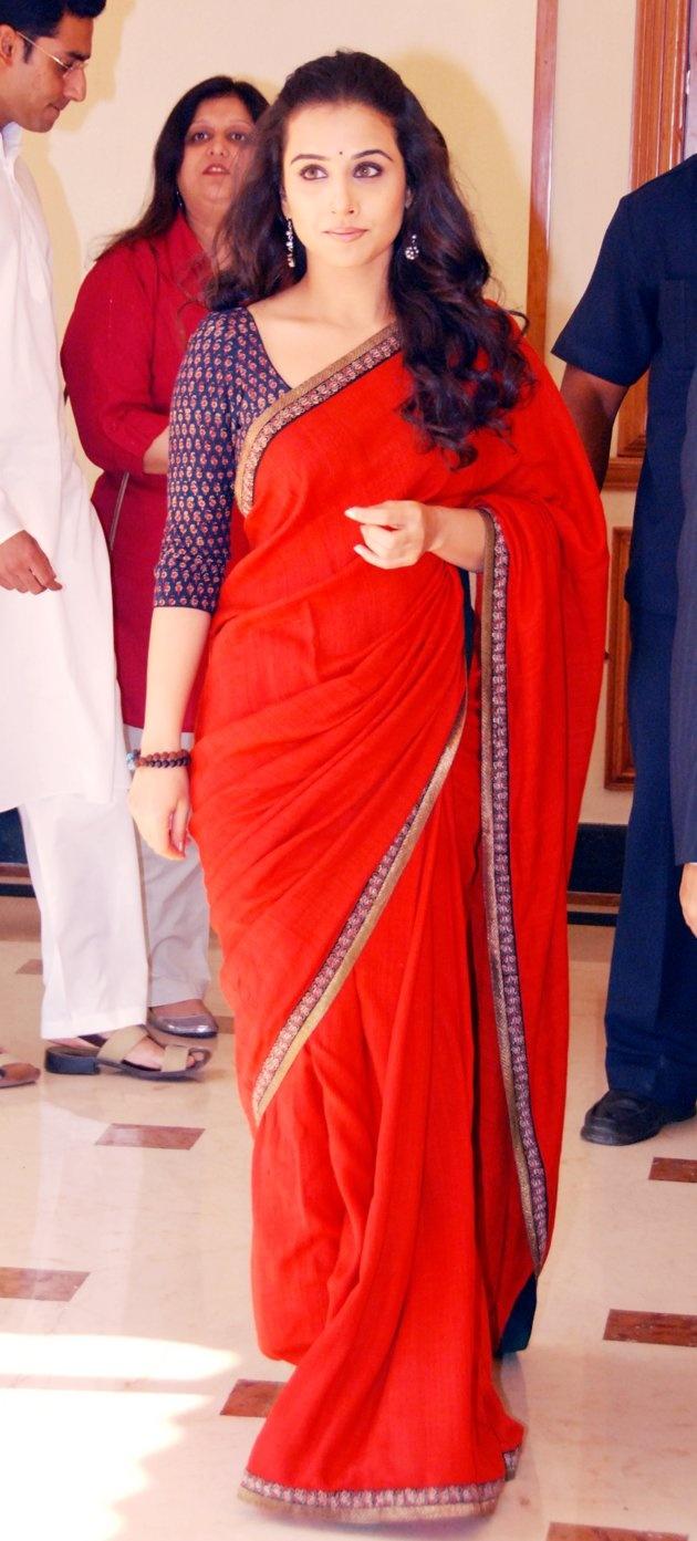 Vivacious Vidya Balan The Lady Who Knows Saree  Bhavish-6066